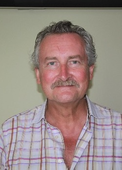 Dr.  De Pauw Dirk